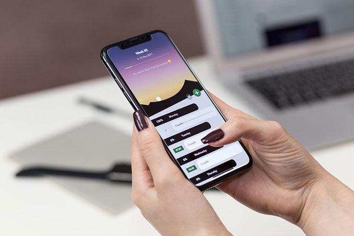 Aplikacja internetowa a aplikacja mobilna - czym się różnią?
